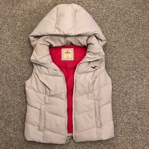 Hollister Puffy White Vest